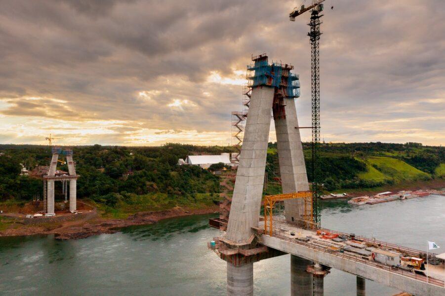 Ponte da Integração atinge 52% de execução, com investimentos de 38% dos recursos previstos por Itaipu