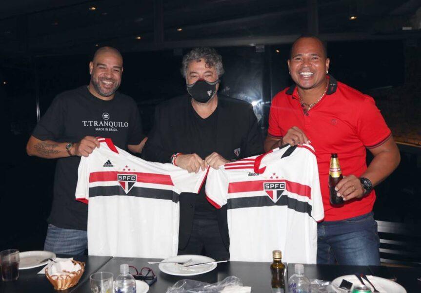Presidente do São Paulo almoça com Adriano e Aloísio Chulapa no Morumbi