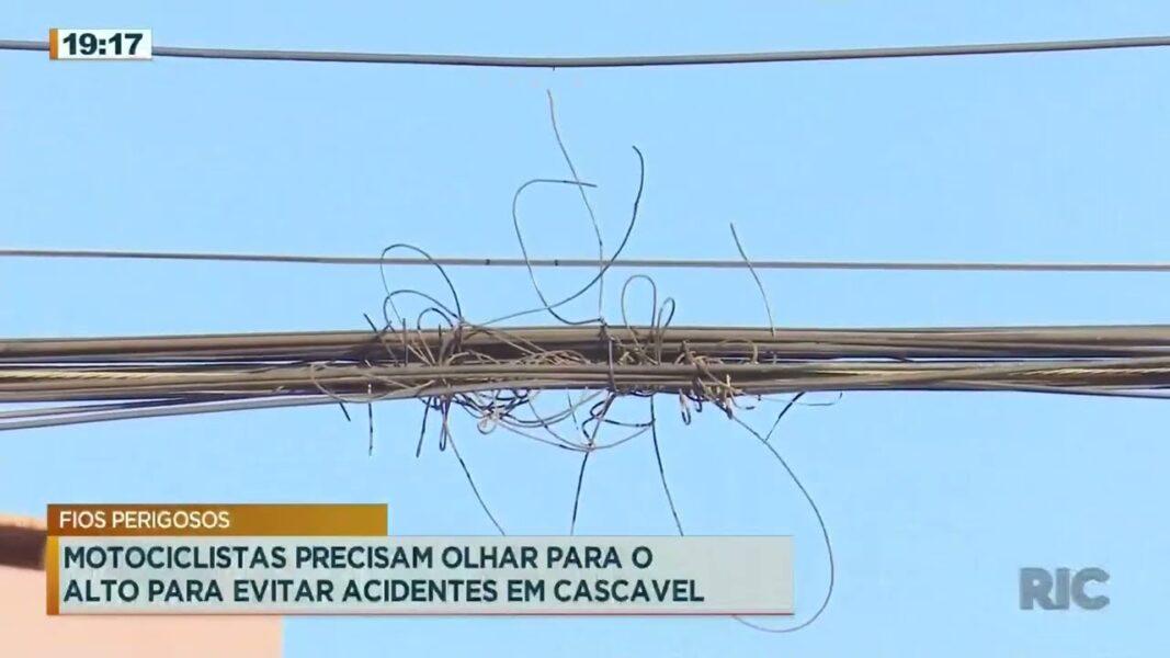 Motociclistas precisam olhar para o alto para evitar acidentes em Cascavel