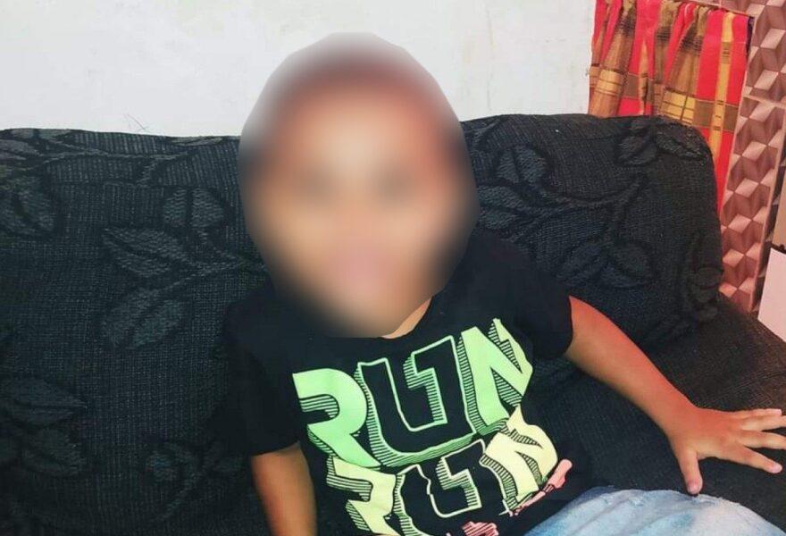 Menino de 3 anos é baleado ao entrar em bar para beber água