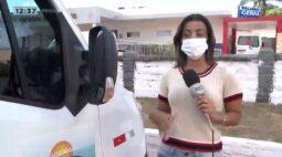 Passageira surpresa desembarca de van da saúde em local de prostituição