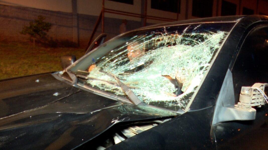Corpo de pedestre é lançado mais de 45 metros em acidente na BR-467