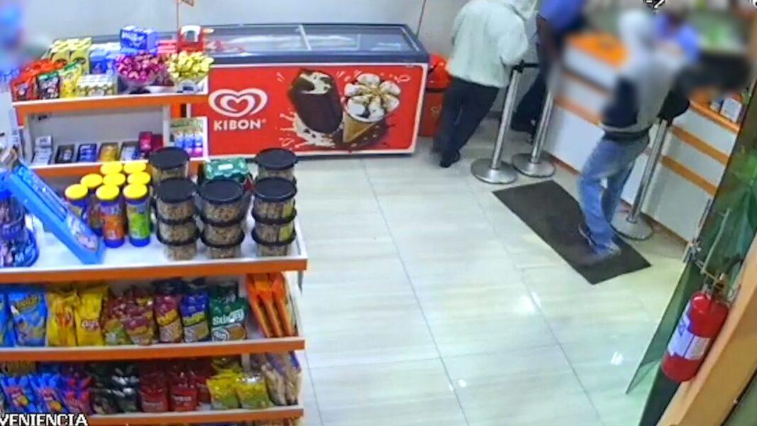 Ladrões armados assaltam posto de combustível em Andirá (PR); veja vídeo