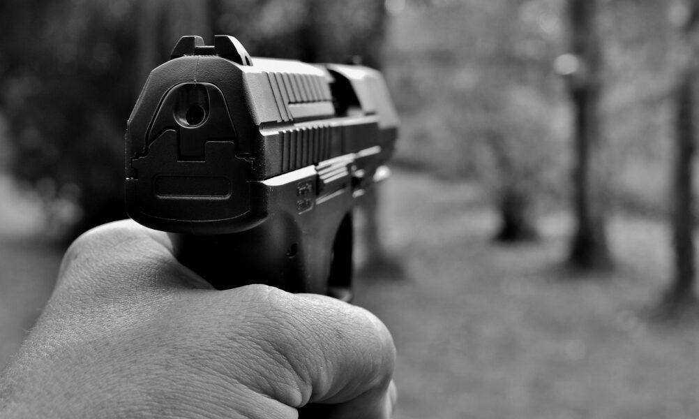 Noite violenta: dois assassinatos são registrados na RMC