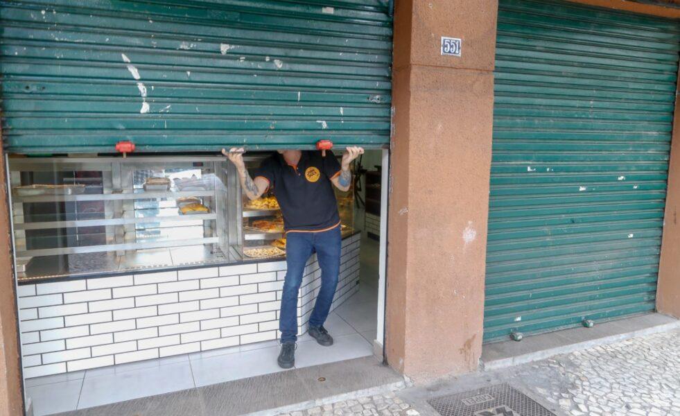 Associação Comercial do  Paraná faz convocação para carreata contra o lockdown em Curitiba