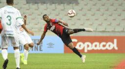Athletico e Maringá empatam por 2 a 2, em jogo marcado por polêmicas