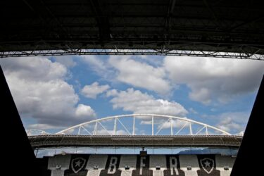 Botafogo é alvo de penhora após deixar Ato Trabalhista
