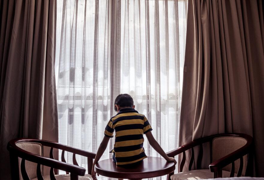 Nucria de Ponta Grossa prende três pessoas e apreende um adolescente por abuso infantil