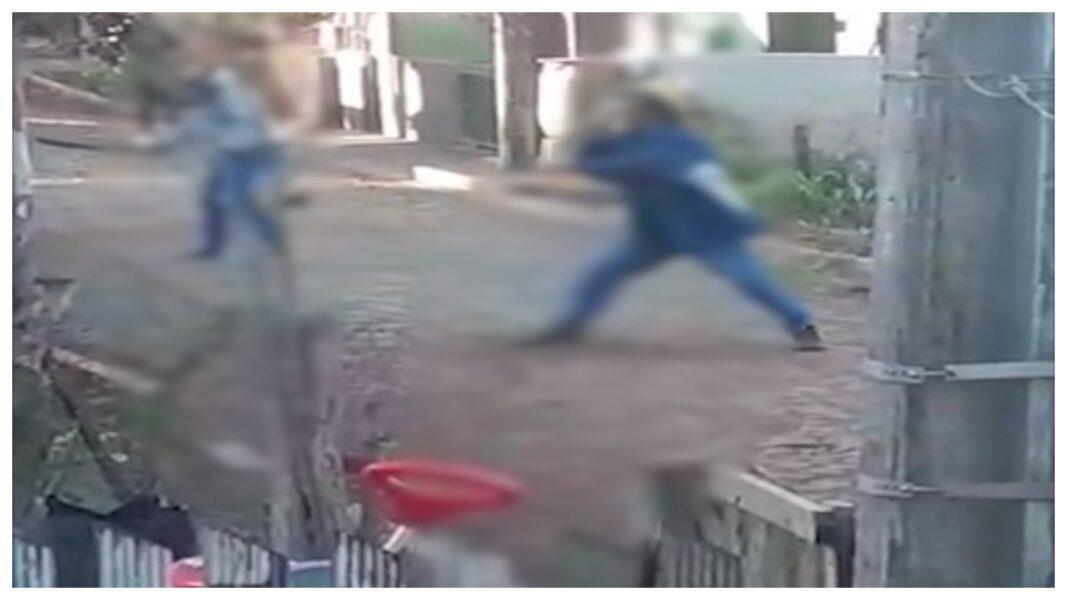 Vizinhos registram em vídeo briga com facão e foice no Sudoeste do estado