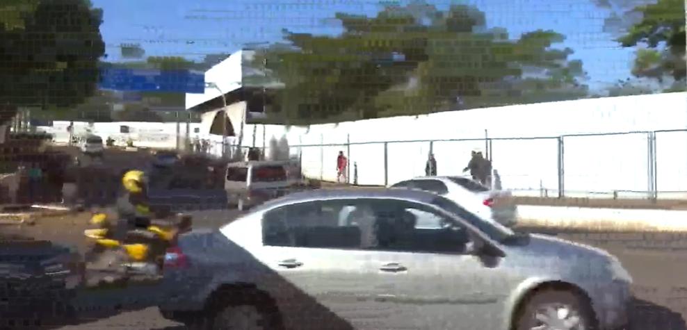 Carros são flagrados furando barreiras sanitárias na Ponte da Amizade