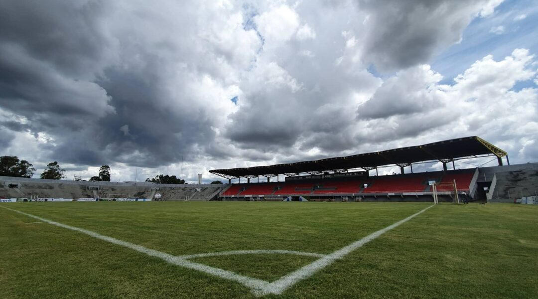 Cascavel CR x Paraná: desfalques, escalações e arbitragem da partida