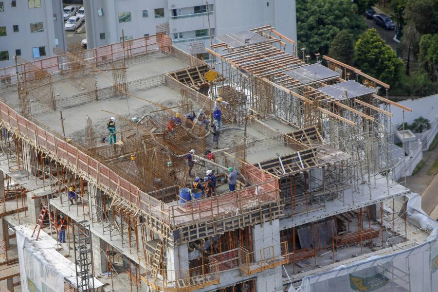 PR: Construção civil tem o melhor trimestre desde 2019; contratações chegaram a 11 mil