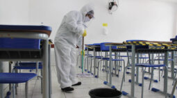 Vereadoras de Curitiba pedem cronograma local de volta às aulas