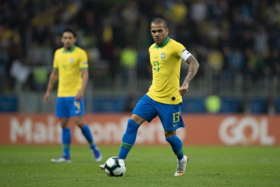 São Paulo não pretende vetar convocação de Daniel Alves para Seleção olímpica