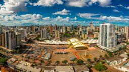 Maringá vacina servidores da limpeza urbana e infraestrutura nesta terça (15)