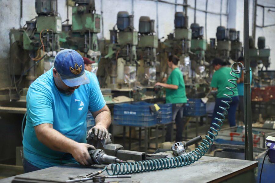 Paraná cria 87,8 mil postos de trabalho no primeiro quadrimestre