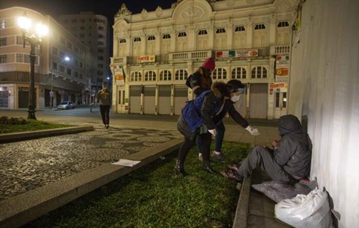 FAS bate recorde de atendimentos pelo segundo dia, em Curitiba