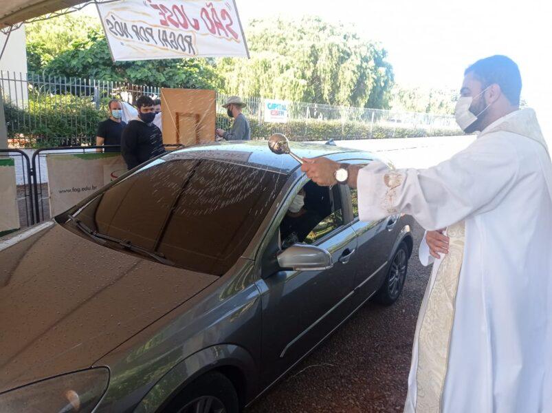 Sem a tradicional Festa do Trabalhador, Seminário São José realiza benção dos trabalhadores