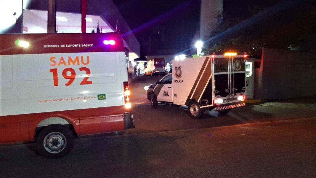 Com aumento de casos, filas de ambulâncias voltam a ser registradas em hospitais de Curitiba