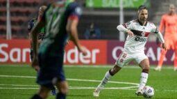 Flamengo retorna ao Rio em alerta contra falhas na defesa