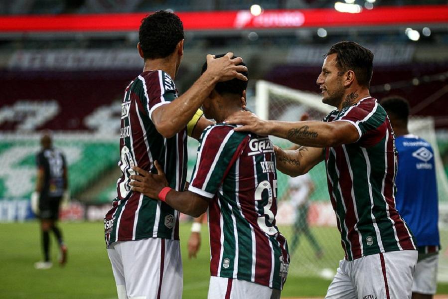 Fluminense bate a Portuguesa-RJ e se garante na final do Carioca