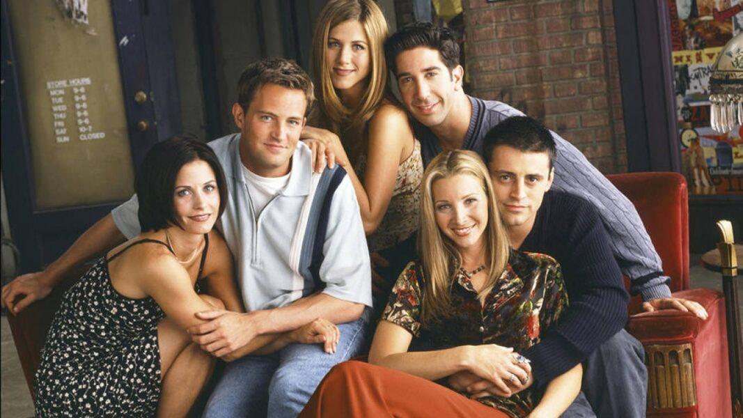 Elenco de Friends aparece reunido em primeiras imagens do especial