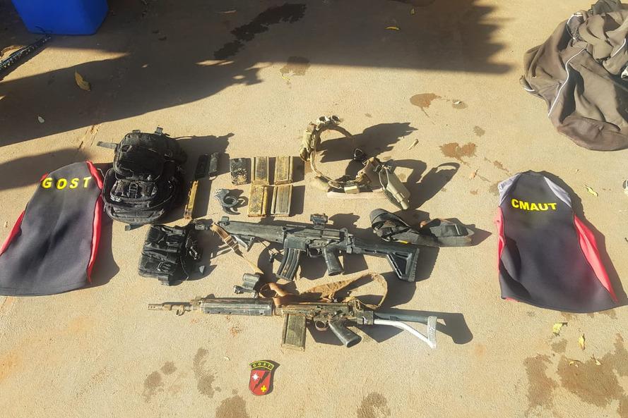 Fuzis perdidos durante missão policial são localizados no Rio Paraná