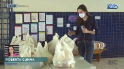 Kits de merenda são entregues para famílias com crianças na rede municipal de Toledo