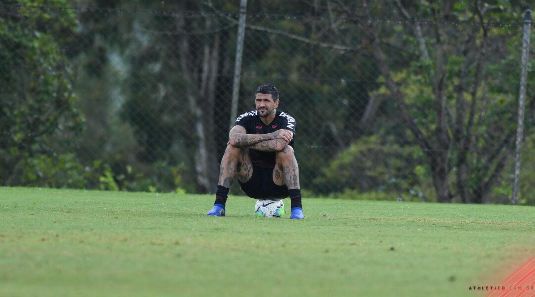 Lucho González fará sua despedida dos gramados na partida contra o Aucas, pela Copa Sul-Americana