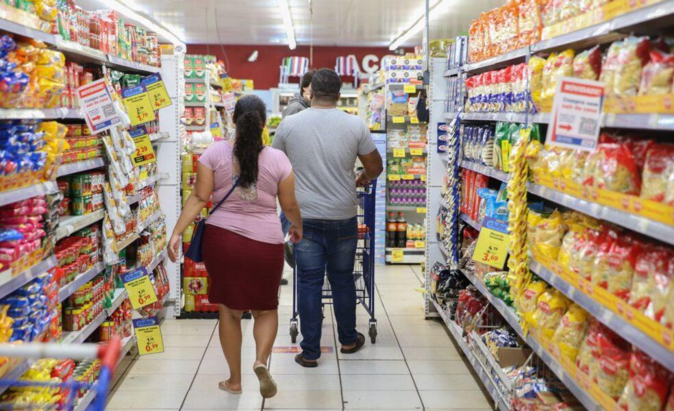Pesquisa mostra que Curitiba é a capital com o maior aumento na cesta básica no ano