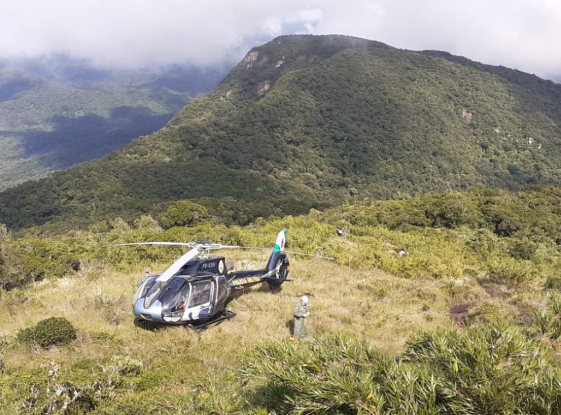 Montanhista cai durante trilha no Pico Camapuã e precisa ser resgatado de helicóptero