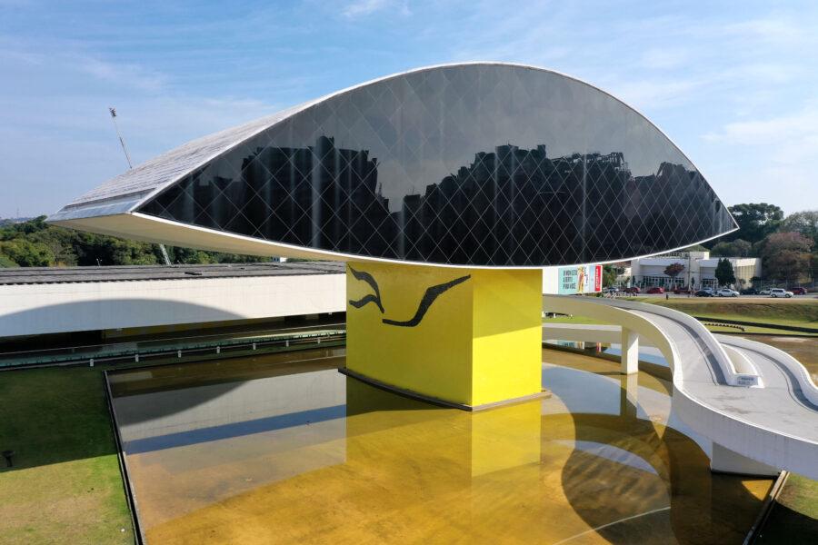 Museu Oscar Niemeyer estará aberto também às segundas-feiras