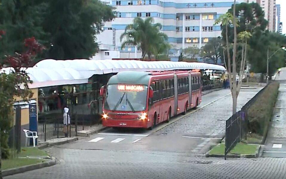 Apesar da ameaça de protestos, ônibus operam normalmente em Curitiba