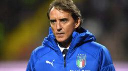 Roberto Mancini renova com Itália até 2026