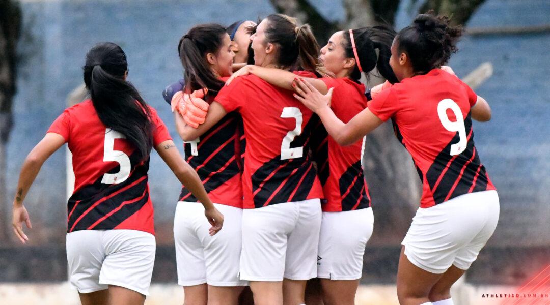 Athletico goleia o Brasil de Farroupilha por 6 a 0 no Brasileirão A2