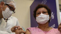Covid-19: Primeira professora vacinada em Londrina trabalha em salas de aula há 25 anos