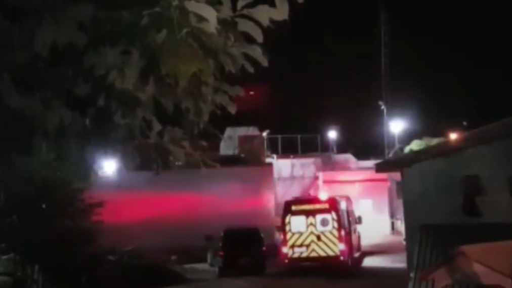 Homem é detido tentando passar celulares e drogas para dentro do cadeião de Cascavel