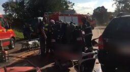 Mulher causa acidente com filha no carro para provocar ex-marido