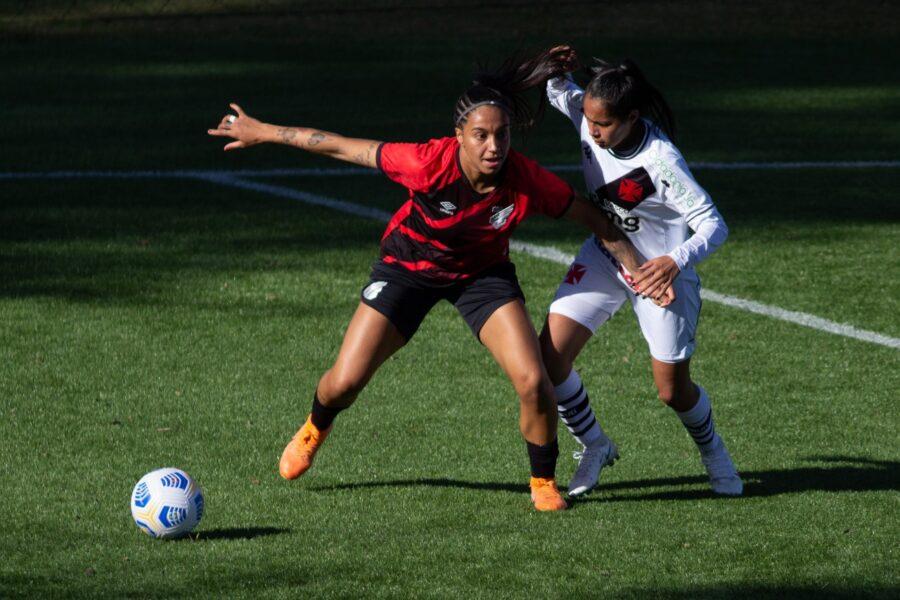 Estreando em casa, time feminino do Athletico perde para o Vasco no Brasileirão A2