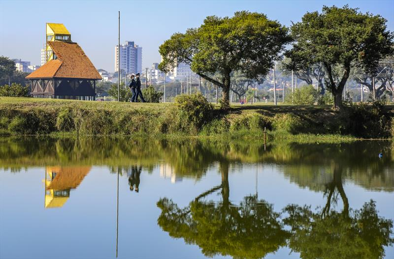 Parques estarão fechados neste domingo (20) na capital paranaense