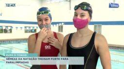 Gêmeas da natação treinam forte para paraolimpíadas