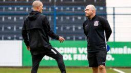 "Carlos Leiria, ex-treinador da base do Corinthians, elogia jovens promovidos e deixa recado: ""Clube fantástico"""