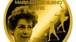 Maria Esther Bueno é homenageada com medalhas no Dia do Tenista