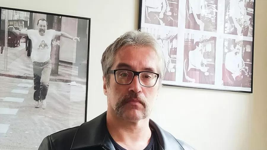 Músico curitibano descobre, aos 32 anos, que Paulo Leminski é seu pai