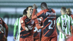 Athletico faz grande segundo tempo, vence o Juventude por 3 a 0 e assume a vice-liderança da Série A