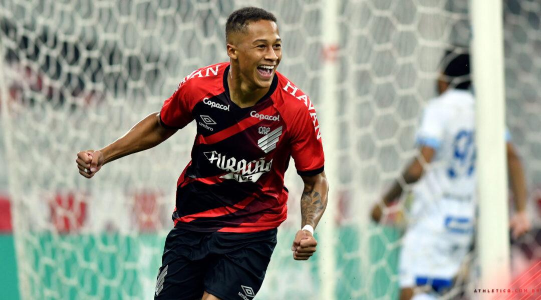 Com gol relâmpago, Athletico vence o Avaí por 1 a 0 e está nas oitavas de final da Copa do Brasil