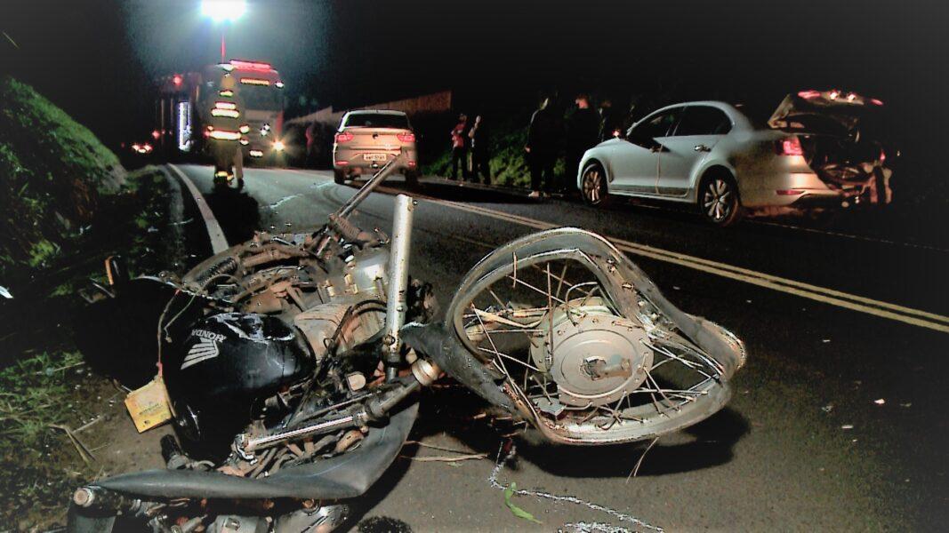 Motociclista de 29 anos fica em estado gravíssimo após acidente na PR-538