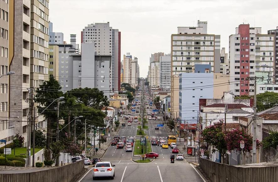 Curitiba registra 23 mortes e 791 casos de covid-19