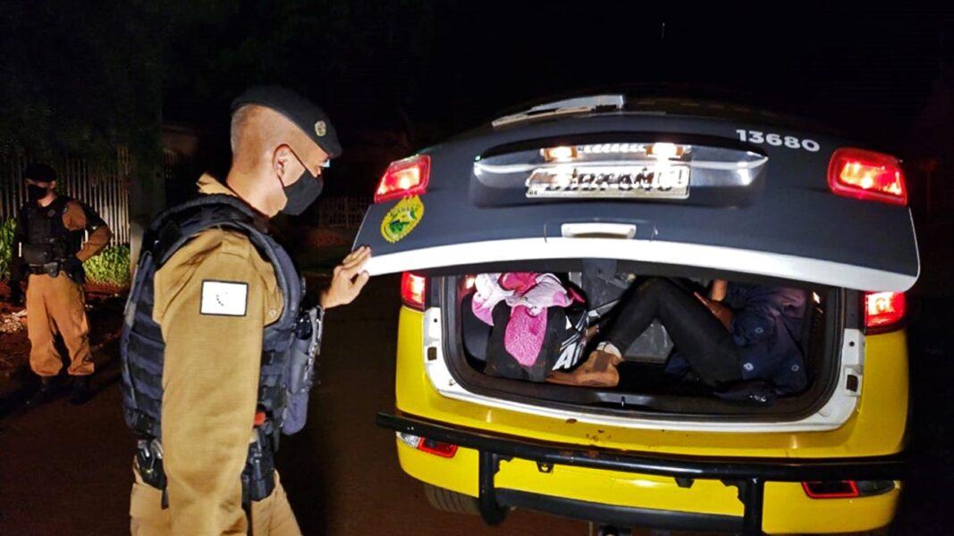 Homem é flagrado com travesti e leva tijolada da namorada em Campo Mourão (PR)