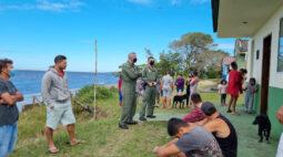 Estado imuniza comunidades ribeirinhas contra a Covid-19 em Guaraqueçaba